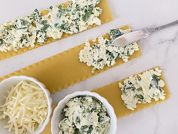 mini-spinach-lasagna-roll-ups